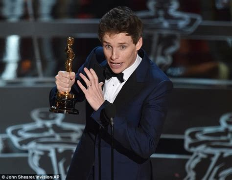 Stephen Hawking congratulates Eddie Redmayne on Best Actor ...