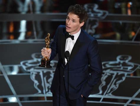Stephen Hawking congratulates Eddie Redmayne s Oscars win ...