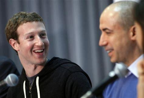 Stephen Hawking, Mark Zuckerberg, And Yuri Milner Launch A ...