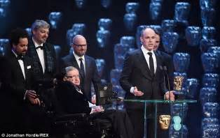 Stephen Hawking presents Special Visual Effects award at ...