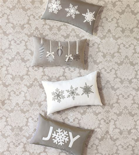Studio 773 Pillows by Eastern Accents - Frosted Flakes