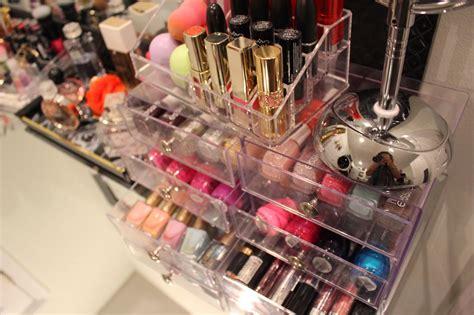 STYLEDBYALE: My Makeup Collection | Mi Colección de Maquillaje