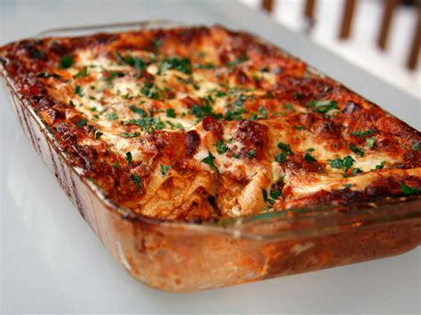 Sunday Dinner: No Holds Barred Lasagna Bolognese Recipe ...