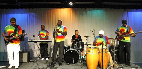 SUNSHINE REGGAE BAND/JAMAICAN ONE MAN BAND - Band in ...