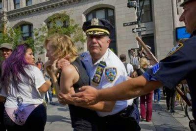 Suzannah B. Troy artist: Mayor de Blasio Hires #NYPD ...