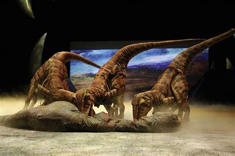 """Walking With Dinosaurs"" se Presenta en Japón + Momoiro ..."