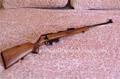 TABLÓN DE ANUNCIOS   Carabina o rifle . 22 walther kkj sporter