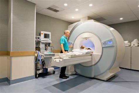 TAC (tomografía axial computarizada), qué es y cuándo se ...