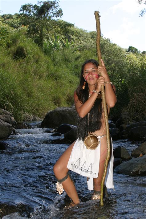 Taino woman. Indians native to the caribbean, mostly in ...