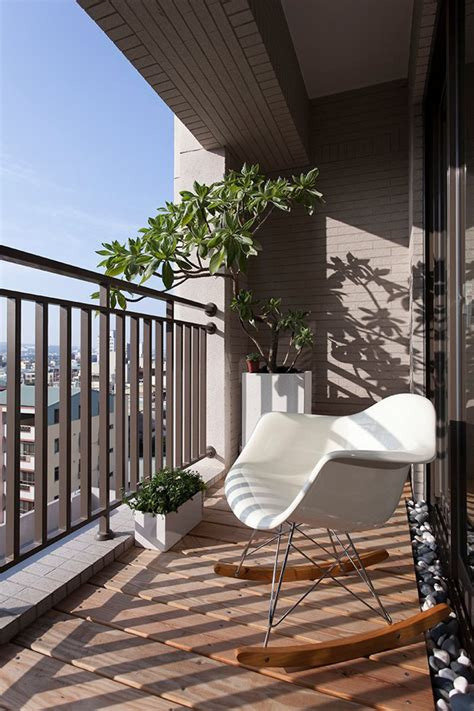 Taiwanese Contemporary Apartment   small balcony with ...