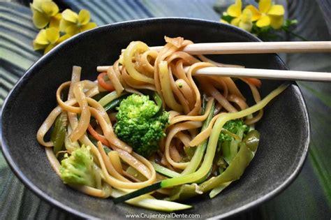 Tallarines con verduras y soja, la mejor receta con un ...