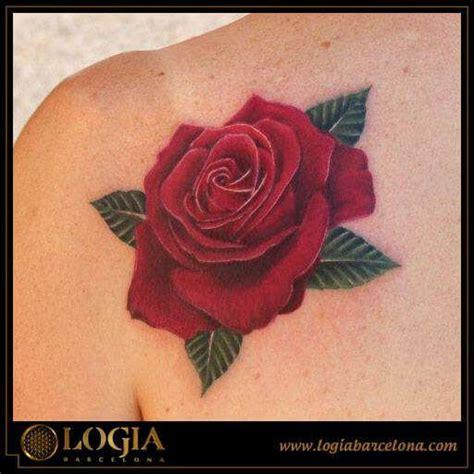 Tatuajes de rosas en color y su significado | Logia Tattoo