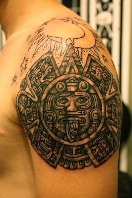Tatuajes del Calendario Azteca - VIX