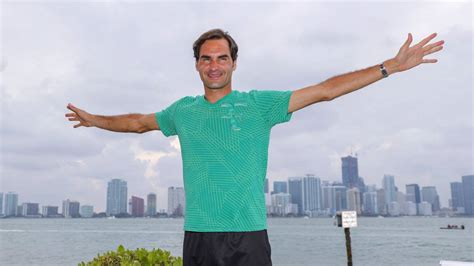 Tenis: Federer abre más distancia de títulos con Djokovic ...