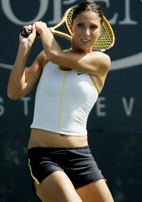 Tennis Fail, sports oops moment | Latest Celebrity Fashion