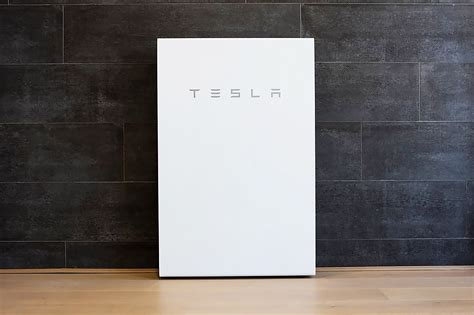 Tesla is shipping hundreds of Powerwall battery systems to ...