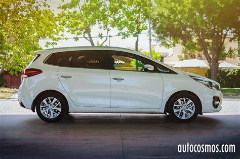 Test Drive: Kia Carens 2017 - Autocosmos.com