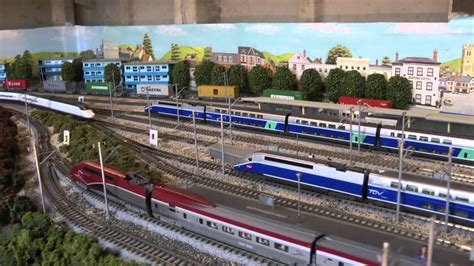 TGV AVE Renfe by Lemke/Kato   YouTube