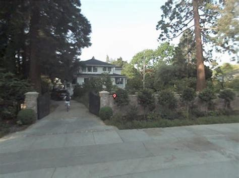 That's it?! Zuckerberg buys $7 million in Palo Alto ...