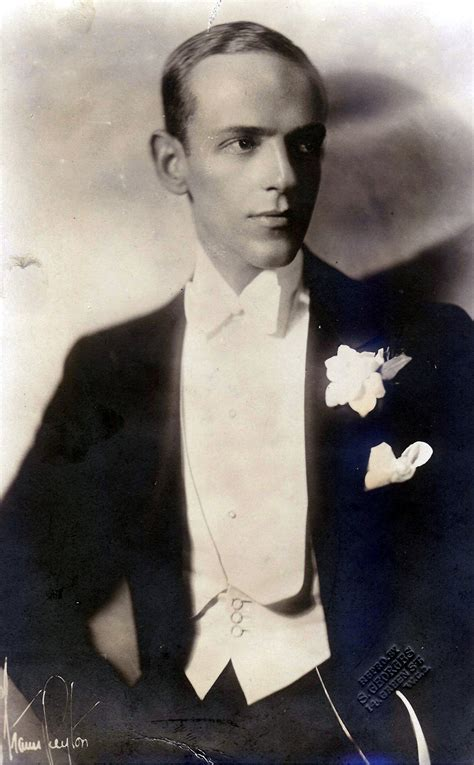 The Beautiful People: Fred Astaire   more stars than in ...