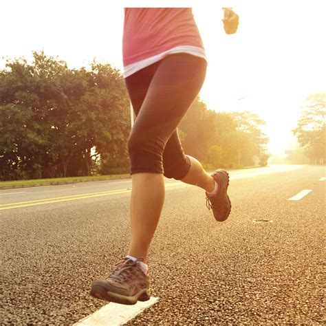 The benefits of minimalist running shoes - Women's Running