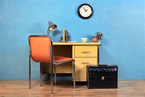 The Best Places to Buy Cheap Vintage and Antique Furniture ...