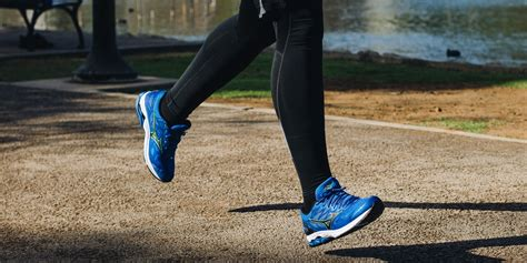 The Best Running Shoes for Men: Reviews by Wirecutter   A ...