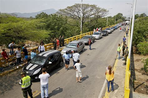 The Booming Smuggling Trade Between Venezuela and Colombia ...
