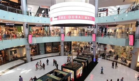 The Dubai Mall, with its 1,200 retail outlets, two anchor ...