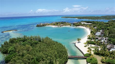THE EXOTIC ISLAND OF MAURITIUS NEAR SOUTH AFRICA