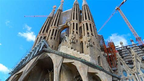 The extraordinary works of Antoni Gaudi in Barcelona