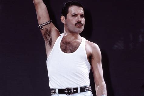 The gallery for --> Freddie Mercury Aids Announcement