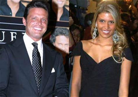 The gallery for --> Michelle Salas Y Luis Miguel