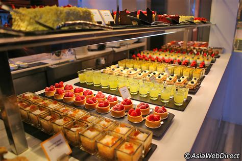 The Line Restaurant at Shangri La Singapore   Best Buffet ...