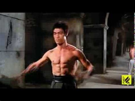 The Master Bruce Lee Lives!(fight) - YouTube
