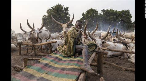 The Mundari: The tribe dying for their cows   CNN