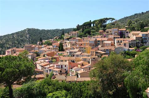 The Top 10 Villages of Provence : New York Habitat Blog