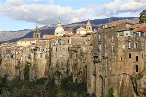 The Travel Gazette: 'I BORGHI PIU' BELLI D'ITALIA': SANT ...