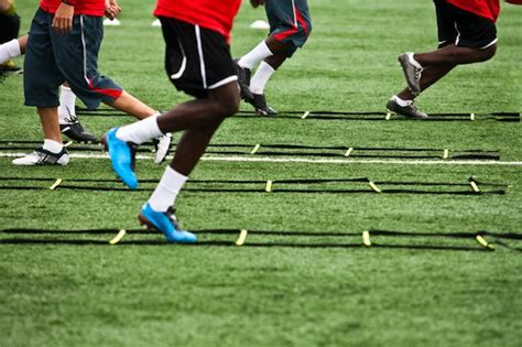The TRUTH About Quickness?   Robertson Training Systems