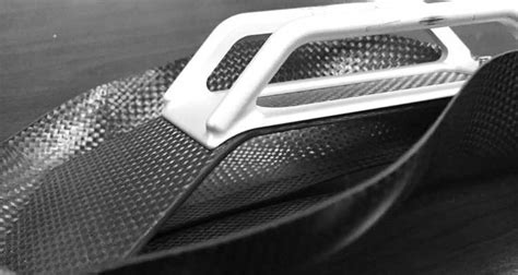This Bike Saddle Uses Carbon Fiber for Lightweight and ...
