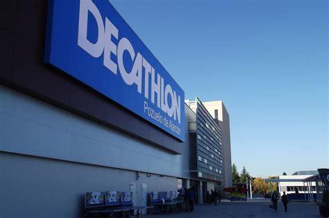 Tienda de Decathlon en S S