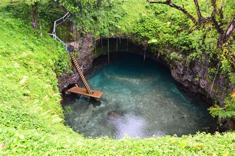 To Sua: A Natural Swimming Hole in the South Pacific ...