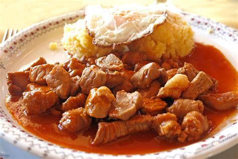 Tochitură de porc   Retete culinare   Romanesti si din ...