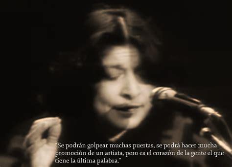 Todas las canciones de Mercedes Sosa : Honrar la vida letra