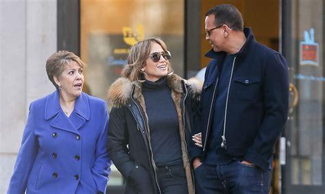Todo va en serio, Jennifer Lopez presentó a su mamá con su ...