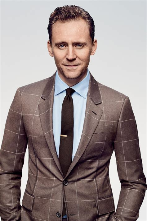 Tom Hiddleston by Nathaniel Goldberg for GQ March 2017 ...