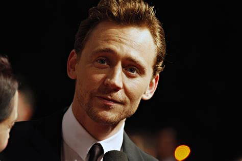 Tom Hiddleston to Headline 'Capa'; Clifton Collins Jr ...