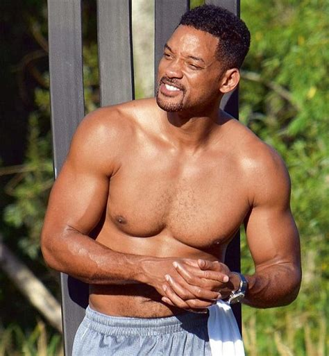 Top 10 Fittest Hollywood Actors