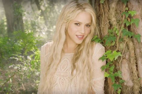 Top 10 | Shakira llega al primer lugar de Monitor Latino ...