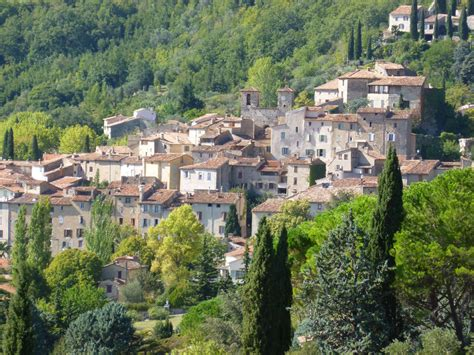 Top Hilltop Perched Villages in Provence